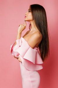 večerne obleke roza
